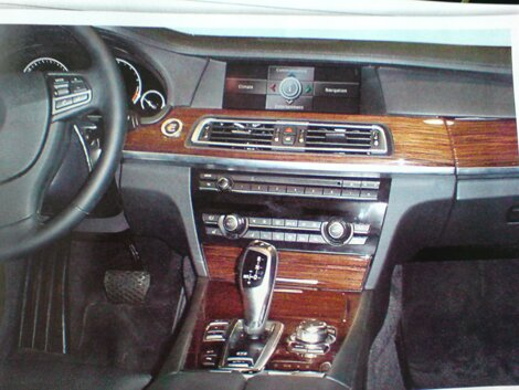 Spyhots: BMW next 7-Series interior