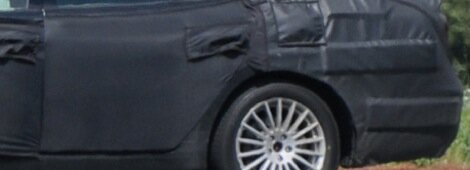 Spyshots: Hyundai Genesis LWB