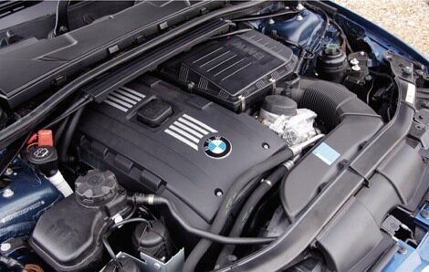 BMW 3.0L twin-turbo awarded 2008 engine of the year