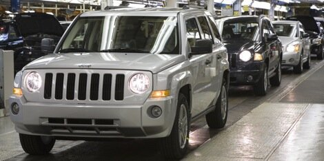 Chrysler to resume production at Illinois plant